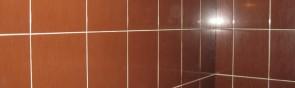 Соблюдение зазора между плитками при укладке