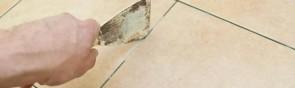 Как легко удалить старую затирку между плиткой?