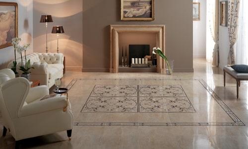 Комната с полом из керамической плитки
