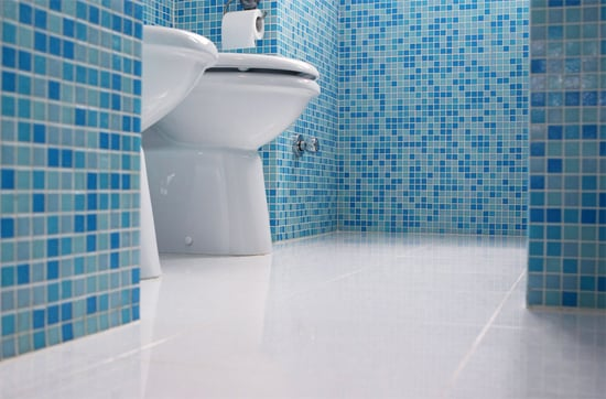 Ванная комната, облицованная плиткой