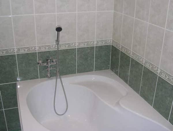 Классический стиль плитки в ванной