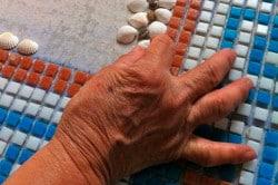 Укладка поштучной мозаики