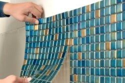 Укладка мозаики на бумажной или сетчатой основе
