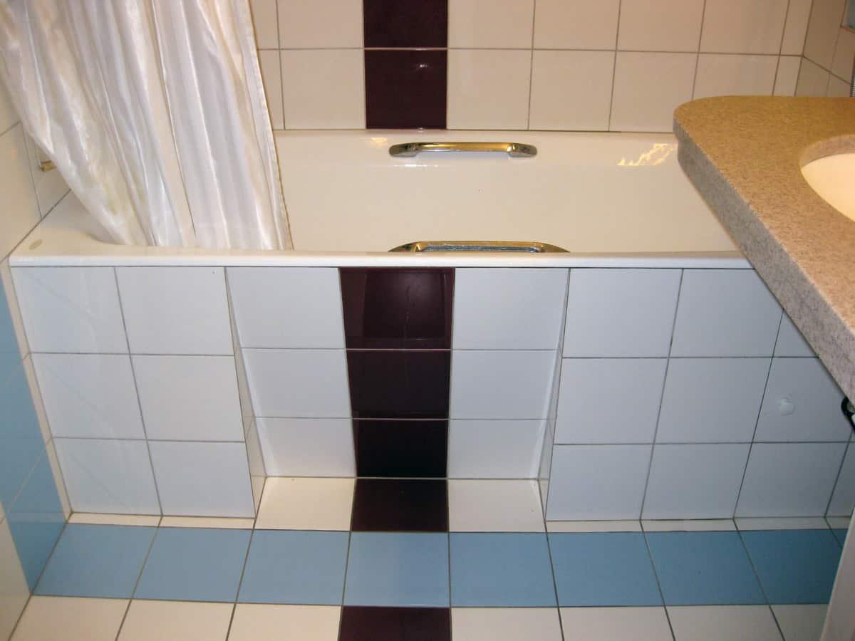 Экран под ванну своими руками - 5 вариантов!