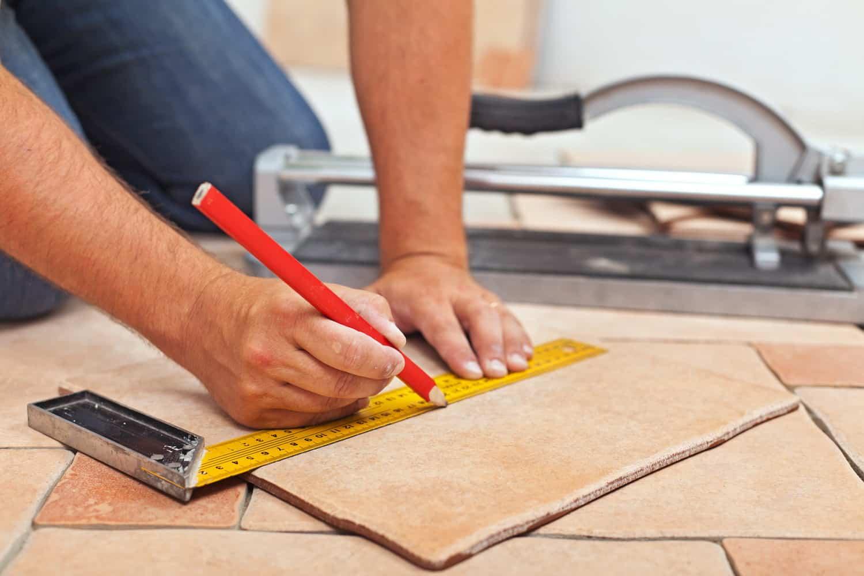 Можно ли класть плитку на плитку способы реализации монтажа
