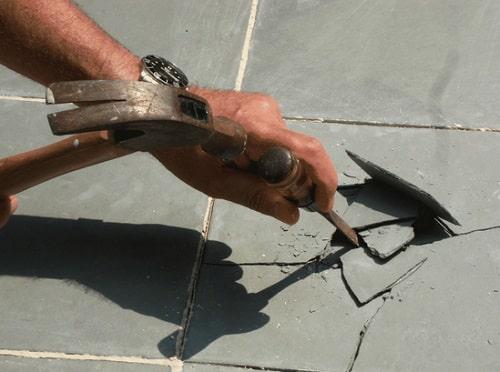 Замена кафельной плитки на полу